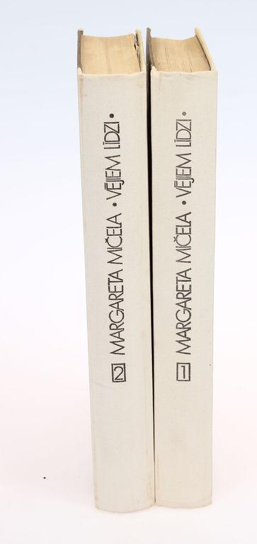 Margareta Mičela, Vējiem līdzi (2 grāmatas)