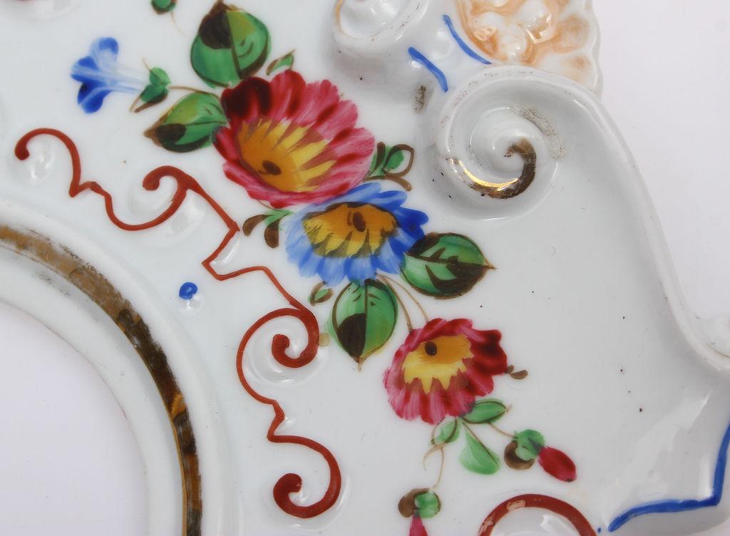 Porcelāna sienas dekors