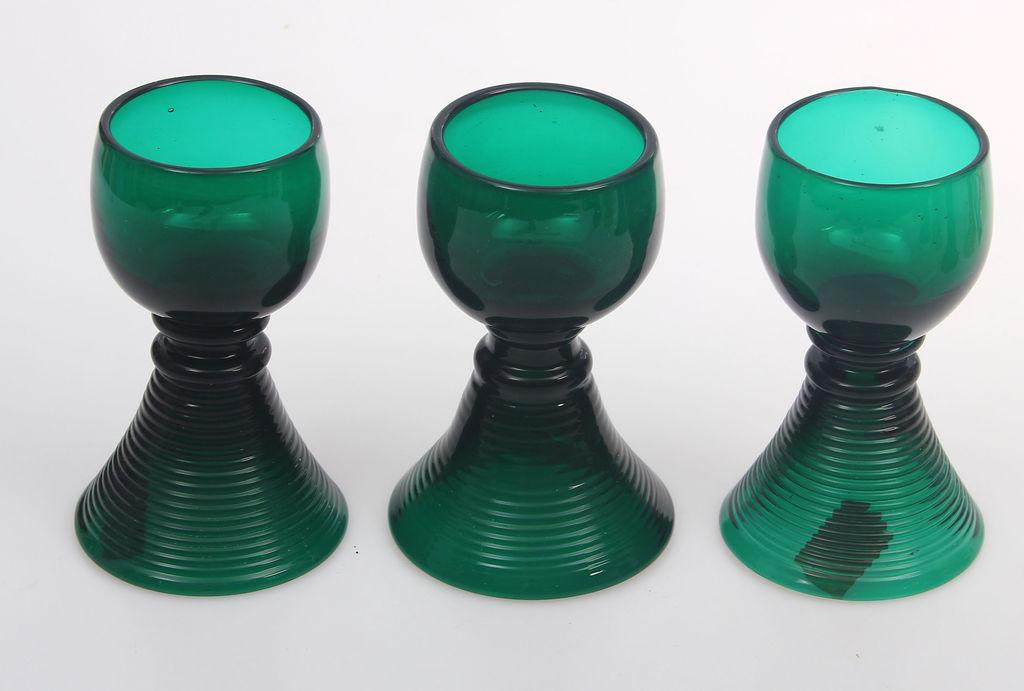 Krāsainā stikla glāzes 3 gab