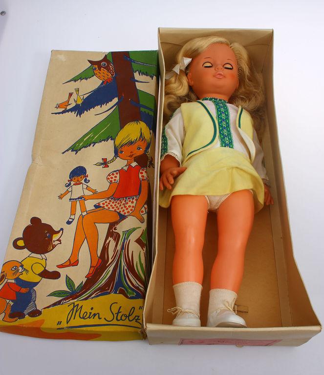 Lelle oriģinālajā kastē