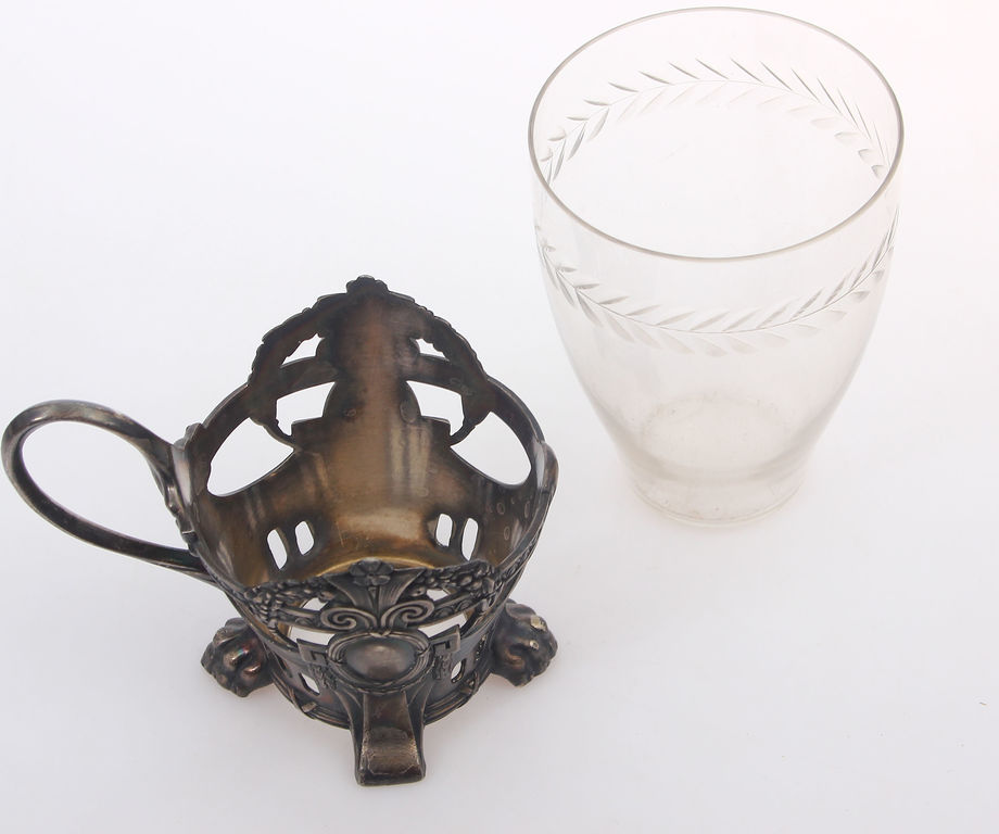 Silver-plated cup holder with glass