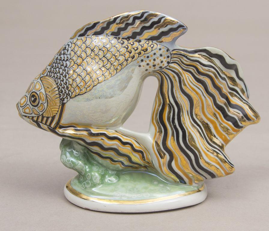 Porcelāna figūra