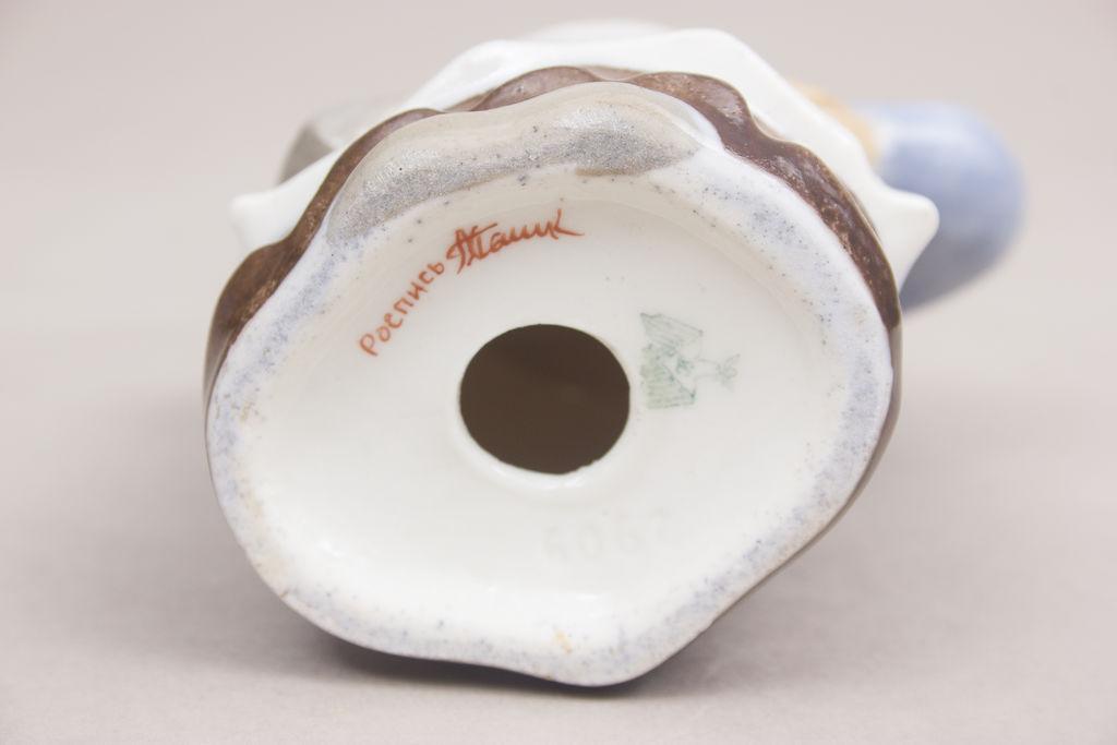 Porcelāna piparu trauks