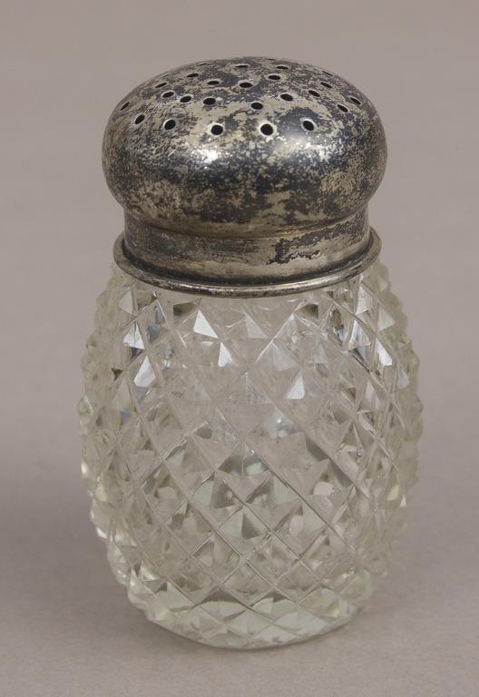 Stikla garšvielu trauciņš ar sudraba vāciņu