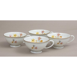 Porcelain cups 4 pcs.