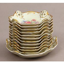 Porcelāna servējamo trauciņu komplekts - 11 mazie, 1 lielāks