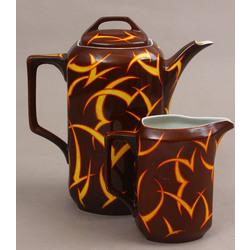 Porcelāna komplekts - kafijas/tējkanna un krējuma kanniņa