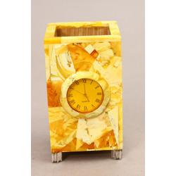 Galda pulkstenis / rakstāmpiederumu trauks ar dabīgā dzintara apdari