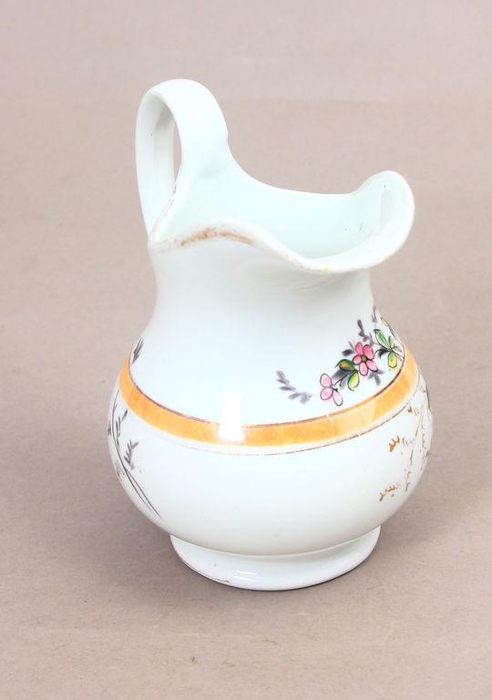 Porcelāna krējuma/piena kanniņa