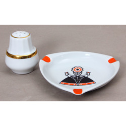 Porcelāna sālstraudiņš un pelnutrauks