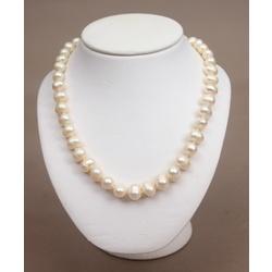 Pērļu kaklarota
