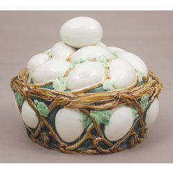Faience egg dish with lid
