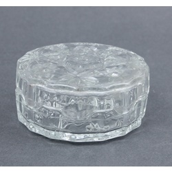 Glass chest/box with lid