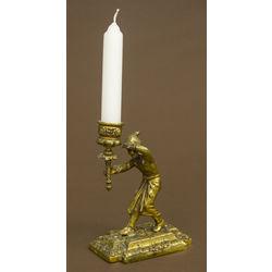 Bronzas svečturis
