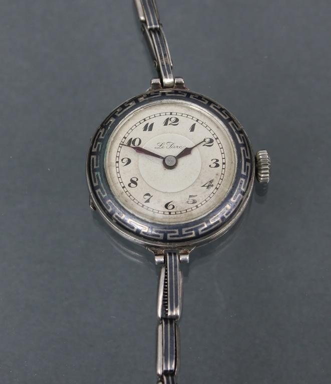 Sudraba rokas pulkstenis