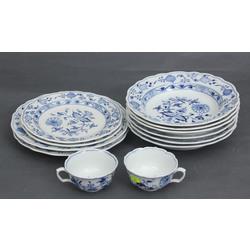 Porcelāna komplekts - 2 pusdienu, 6 zupas, 2 mazie, 2 tasītes(12 gab.)