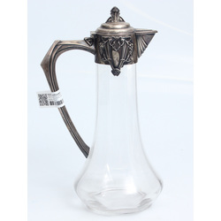 Stikla krūka ar sudraba apdari