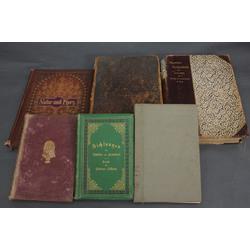 5 grāmatas vācu valodā un 1 krievu valodā