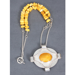 Silver necklace / amber brooch