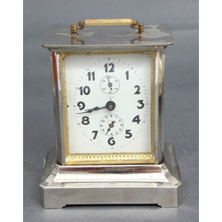 Table clock with music