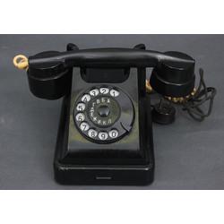 Galda telefons