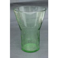 Zaļā stikla vāze art deko stilā