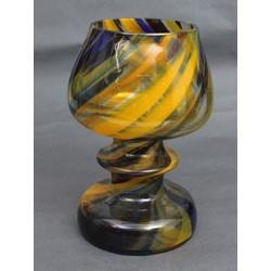 Krāsainā stikla trauks/kauss