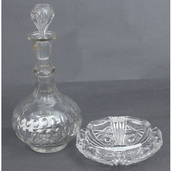 Crystal decanter with ashtray