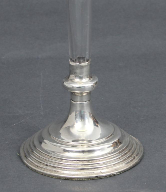 Gravēta kristāla vāze ar sudraba apdari