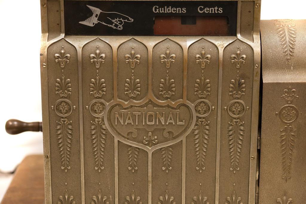Kases aparāts National