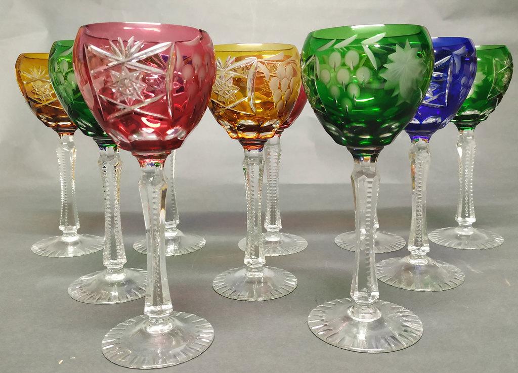 10 krāsainā stikla glāzes
