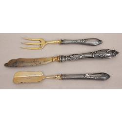 Sudraba galda piederumi - lāpstiņa,nazis, dakša