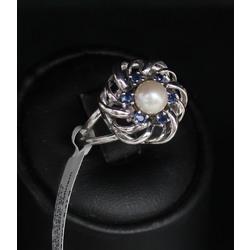 Zelta gredzens ar kultivētu pērli un safīriem