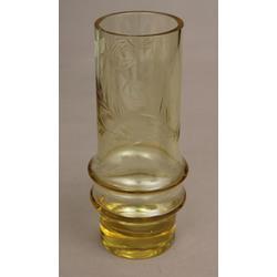 Dzeltena stikla vāze