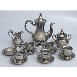 Faience coffee set for five persons