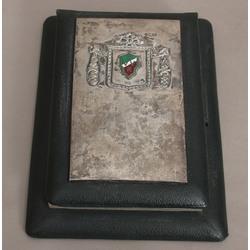 Piezīmju grāmatiņa ar sudraba apdari, ar studentu koorporācijas