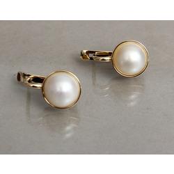 Zelta auskari ar pērlēm
