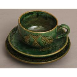 Keramikas tasīte ar 2 apakštasītēm