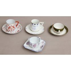 Porcelāna komplekts - 4 tasītes ar apakštasītēm