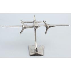 Metāla lidmašīnas modelītis