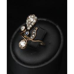 Zelta gredzens ar briljantiem, dimantiem un safīru
