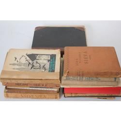 Kaste ar 15 grāmatām