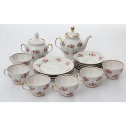 Nepilna porcelāna servīze 6 personām(rozes)
