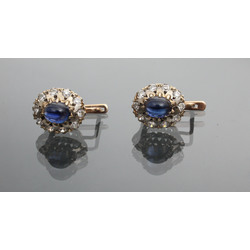 Gold earrings with fianits (20 pcs.) And artificial sapphire