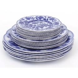 Porcelāna šķīvju komplekts - 6 lieli, 6 vidēji, 8 mazi