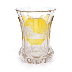 Stikla kauss ar iegravētiem Tallinas (kādreizējās Rēveles) skatiem