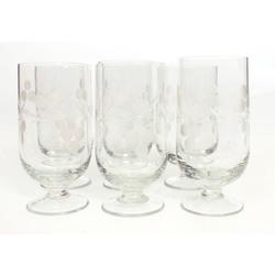 Stikla glāzes (6 gab.) uz kājiņas