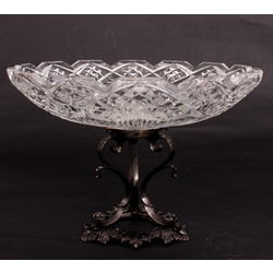 Crystal fruit bowl with silver-plated metal finish