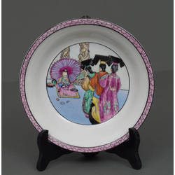 Porcelain plate with painting