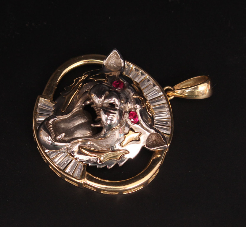 Gold pendant with synthetic rubies